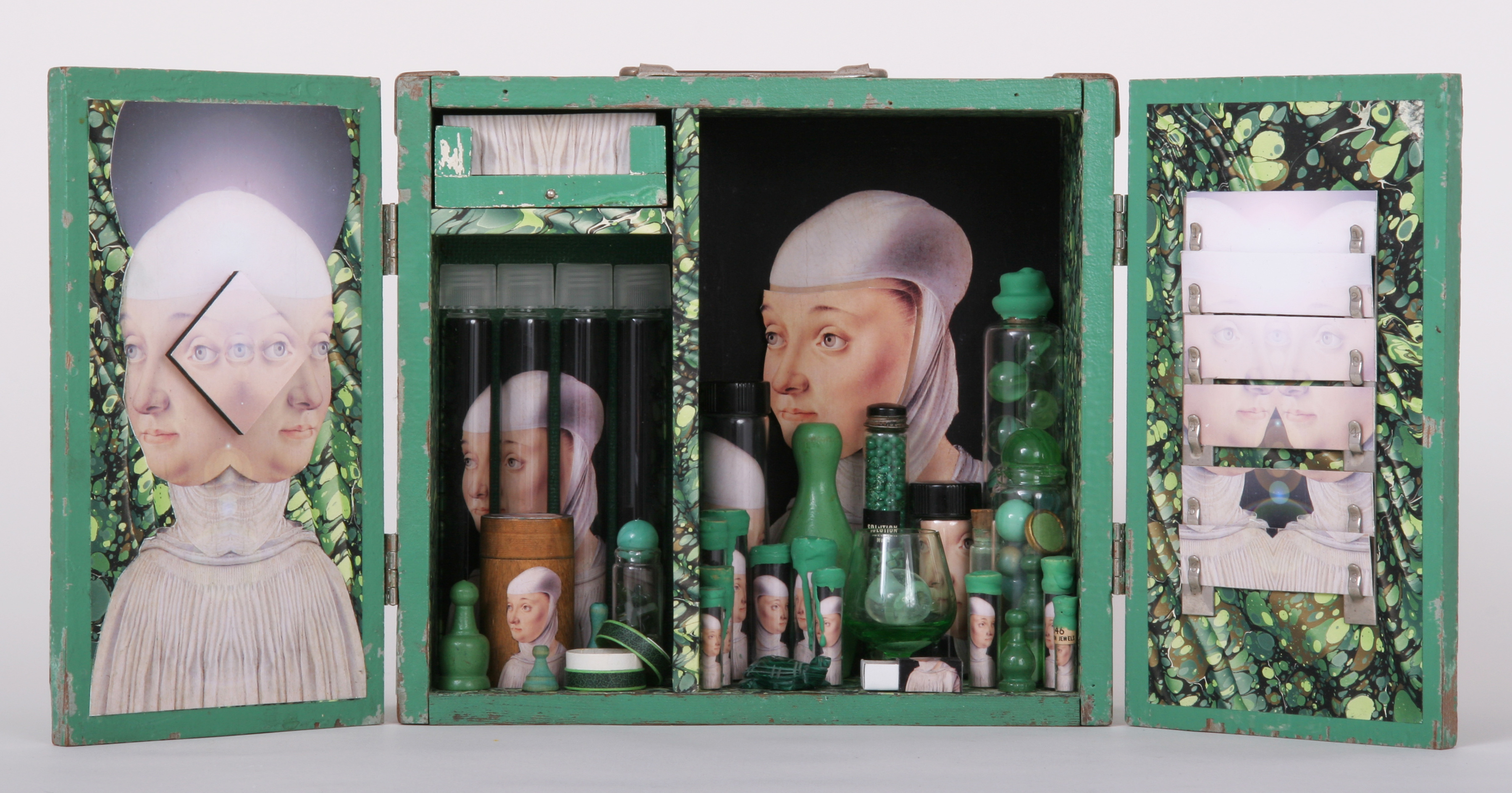 """Emptiness Comprehends All Thoughts\""